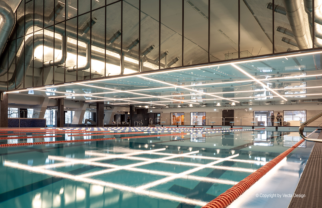 Vecta-swimming-pool-stretch-ceiling-linear-lighting