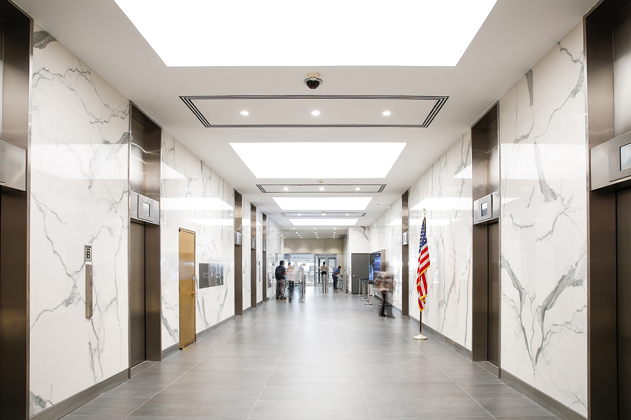 integrated-lighting-lobby-stretch-ceiling-